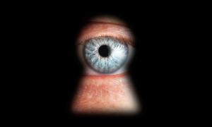 privacy foto occhio buco serratura foto